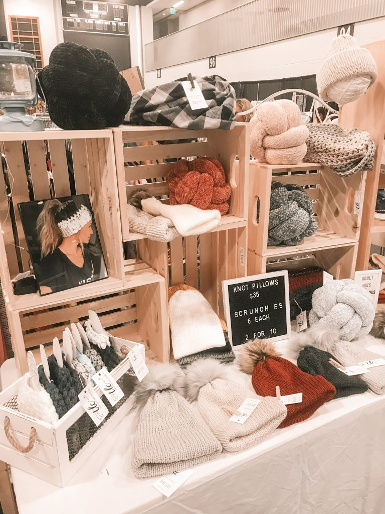 craft market, craft fair, craft fair setup, craft fair booth, craft fair booth ideas, craft fair booth inspo, craft fair inspo, market setup, crochet display, market display, crochet setup, craft fair setup, craft fair display, market display, market setup, market vlog, market day vlog